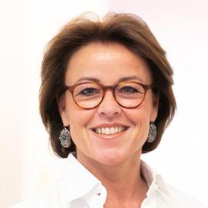 Praxisvisitenkarte von Dr. Karin Stenzel-Schediwy, Fachärztin für Innere Medizin, Fachärztin für Gastroenterologie und Hepatologie